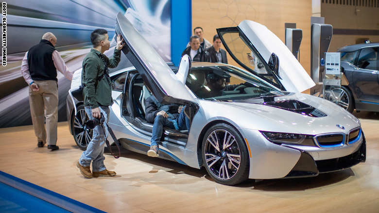 Chicago Hosts Annual Auto Show